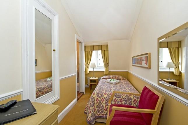 Single Room En-Suite