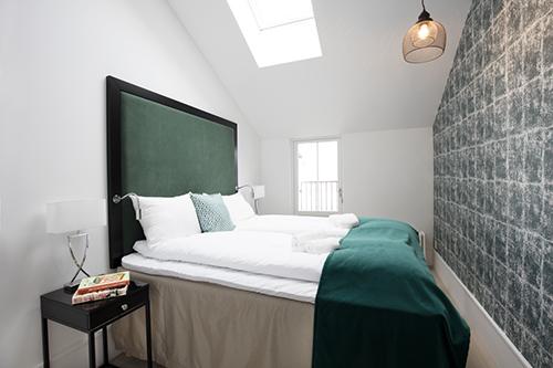 2 bedroom Executive apartment (Max 5 persons)