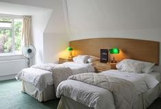 Twin En-Suite (2 Single Beds)