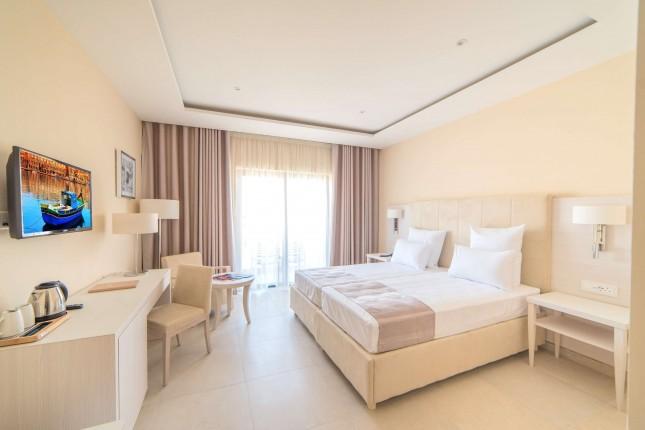 Superior Comfort Room - Village View