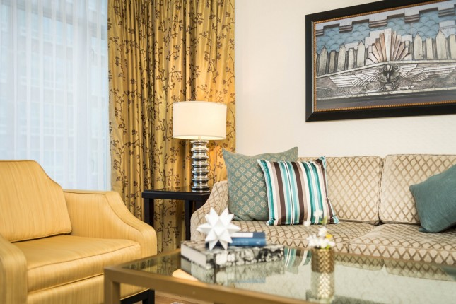 One-Bedroom Signature Suite and Den