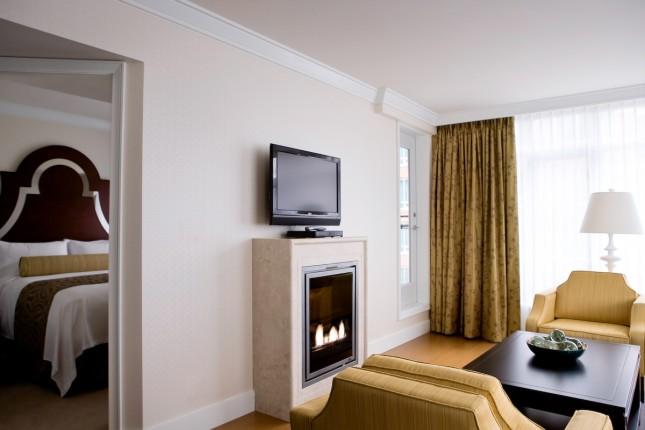 One-Bedroom Signature Suite