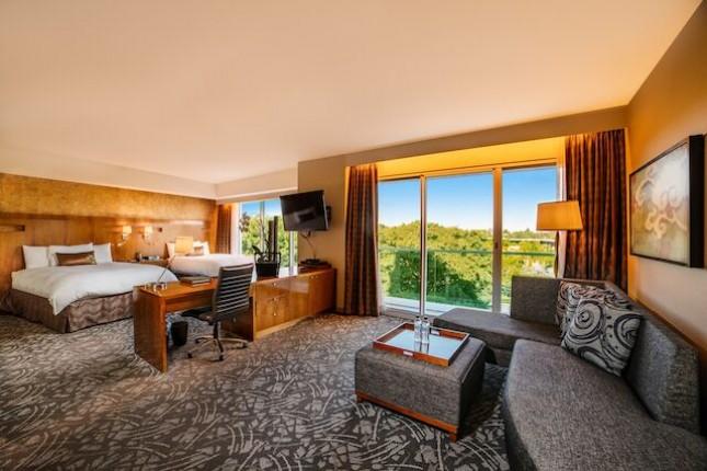 Suite 2 Queens