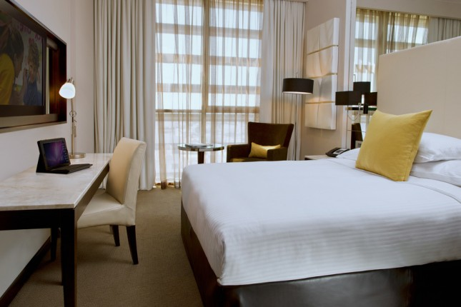 Centro Room - Queen Bed