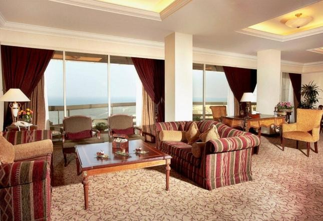 Royal suite sea view