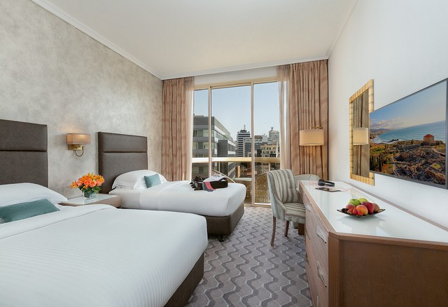 Club Rotana city view room - Twin bed
