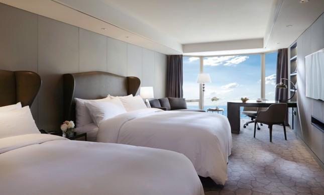 Premium Deluxe 2 King Beds Ocean View