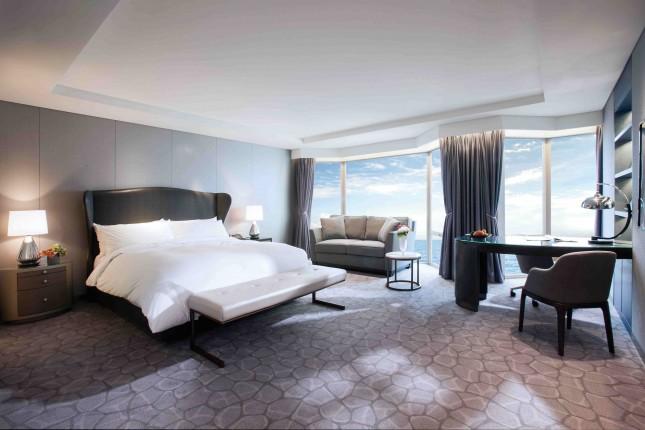 Premium Deluxe 1 King Bed Partial Ocean View